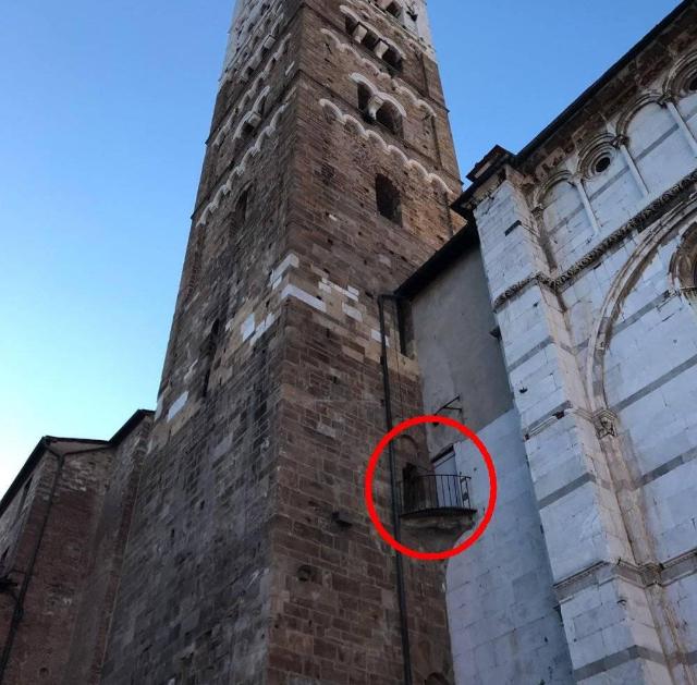 Il Campanile Di San Martino Just In Lucca